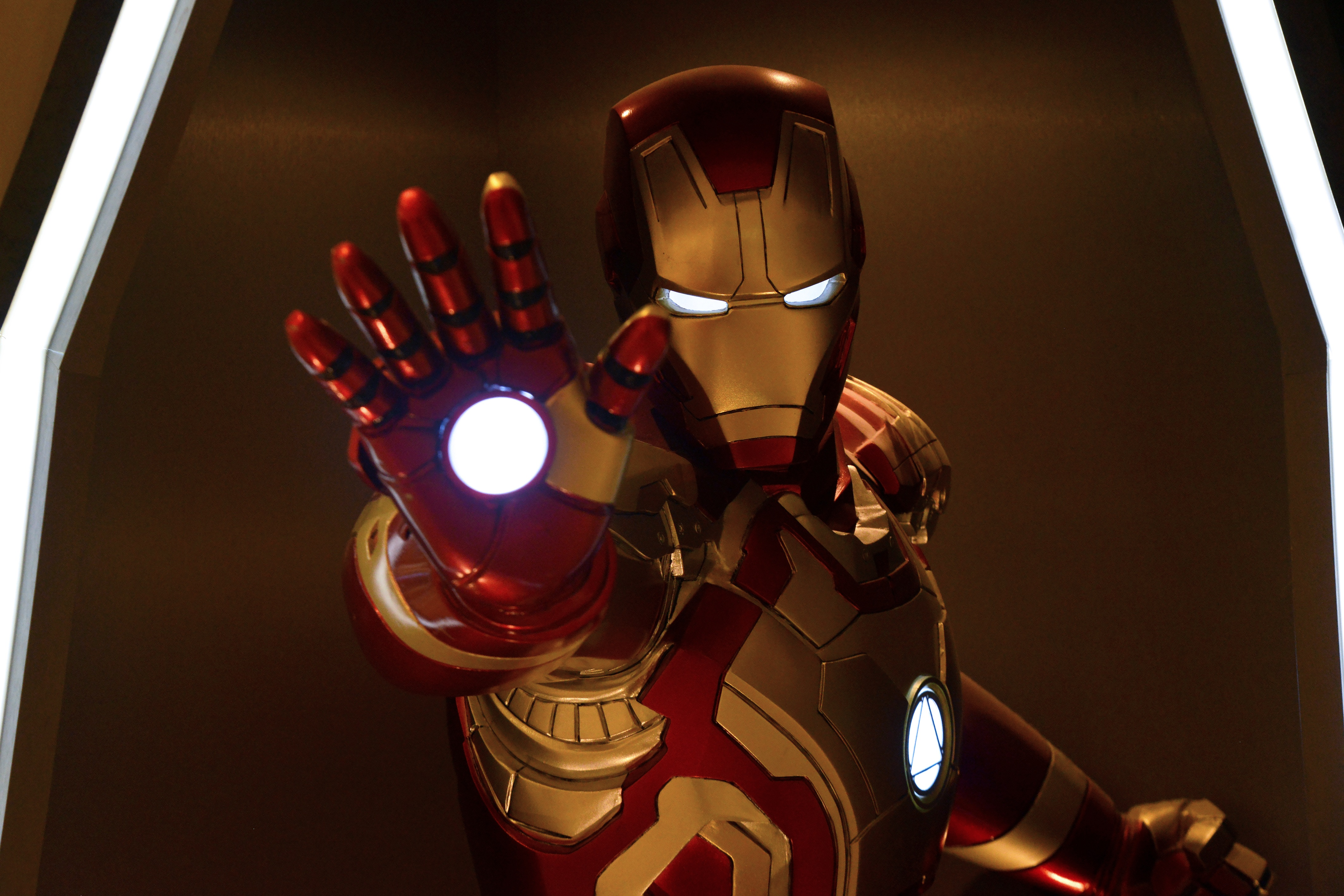 Marvel's Iron Man Coming to VR!
